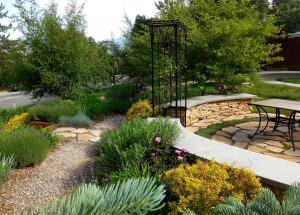 DeJong Garden